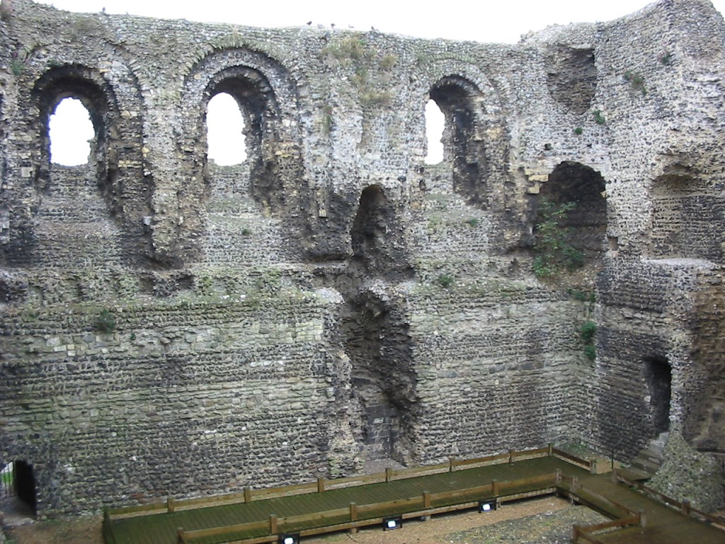Canterbury's Norman Castle
